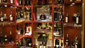 Thu mua rượu ngoại